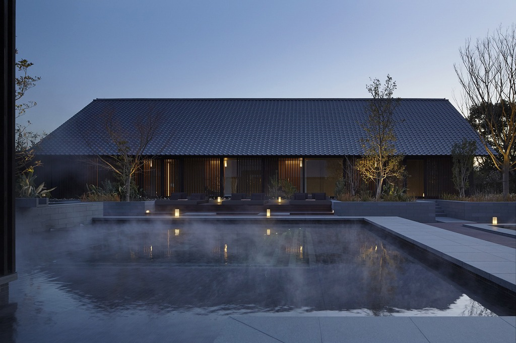 RS2155_Amanemu - Aman Spa mineral spring and fireside lounge-lpr