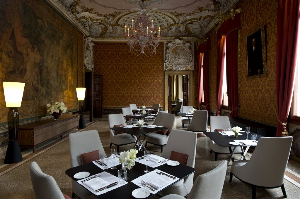 R-RS794_Aman Canal Grande Venice - Red Dining Room-lpr