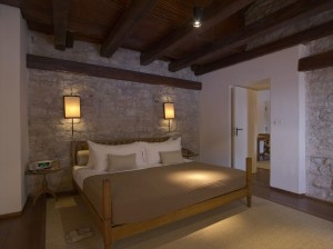 R-RS399_Aman Sveti Stefan - Cottage Bedroom-lpr