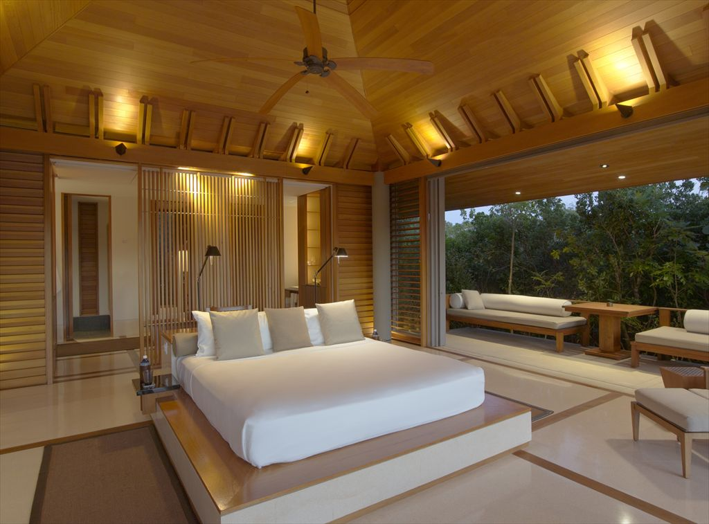 R-RS679_Amanyara - Pavilion Bedroom-lpr