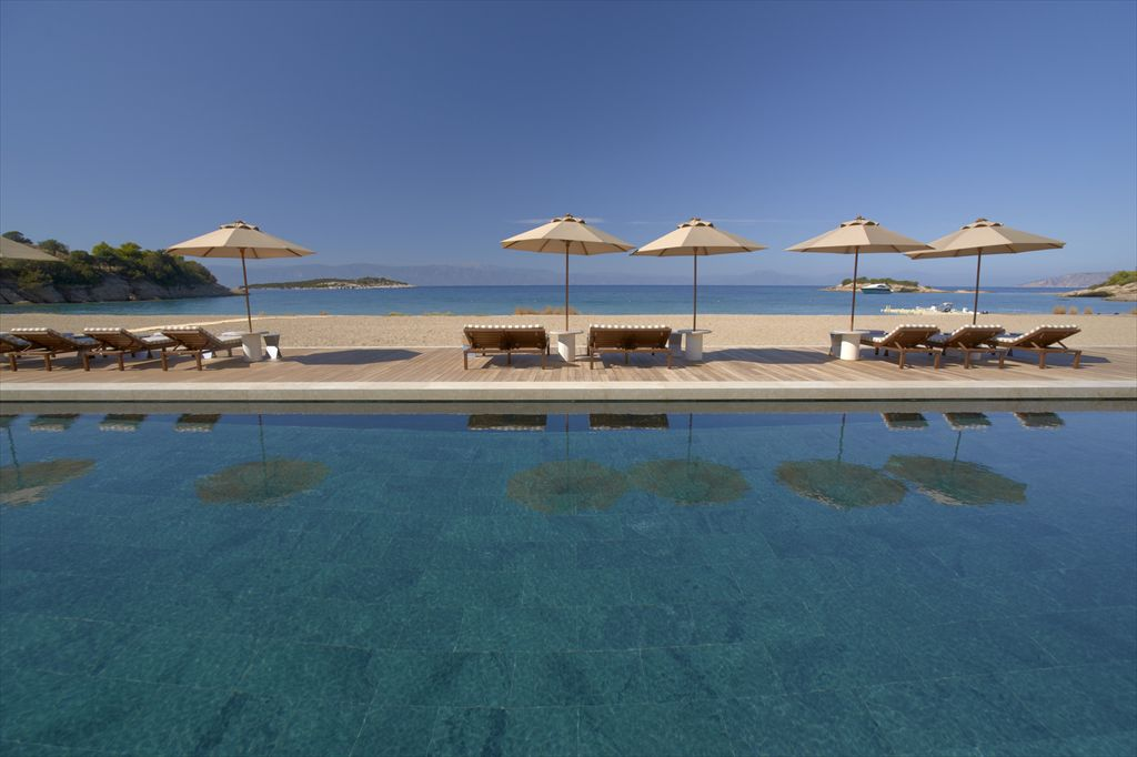 R-RS642_Amanzoe -  Beach Club Pool-lpr
